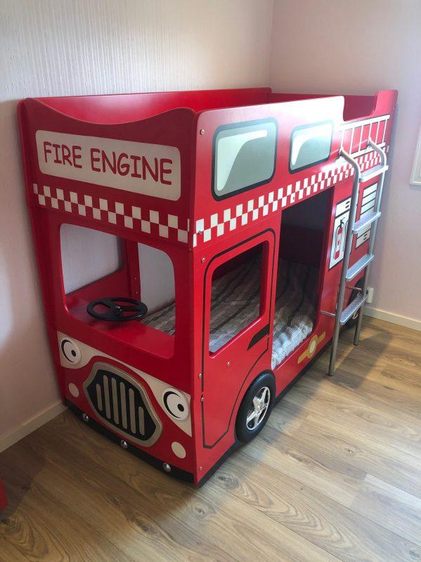 kundebilde brannbil køyeseng