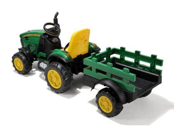 Elektrisk traktor med henger