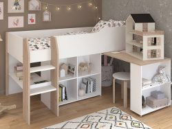 Halvhøy seng med skrivepult og hyller